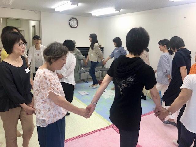 ベビー サービス ジャパン シッター